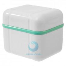 Контейнер Curaprox для хранения зубных протезов